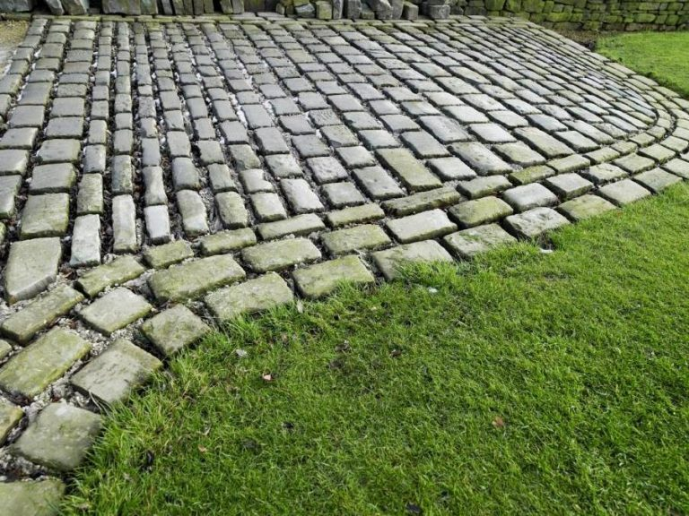 York Stone Cobbles.Setts1