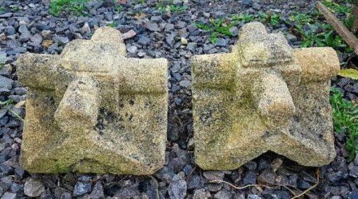 stone-finials